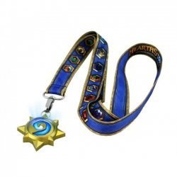 Светящийся медальон Hearthstone Lanyard with Light-Up Charm