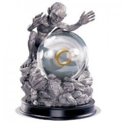 Статуэтка Lord of the Rings Gollum My Precious Globe Sculpture