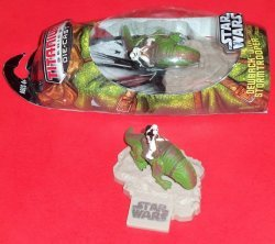Фигурка Hasbro STAR WARS DEWBACK with STORMTROOPER - 2007
